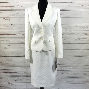 Le Suit 2PC Skirt Suit White Blazer Button Size 10